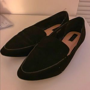 F21 Black Pointed-Toe Loafers